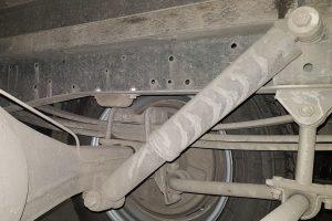 Расположение заднего амортизатора в бортовом GAZelle NEXT 2013-2019