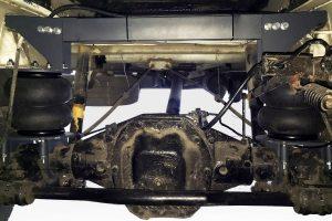 Installation de ressorts pneumatiques sur Renault Mascott à Minsk