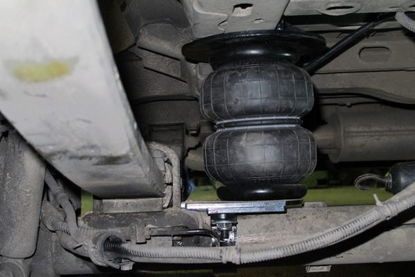 Renault Master X70 FWD 1998-2010 задняя пневмоподвеска