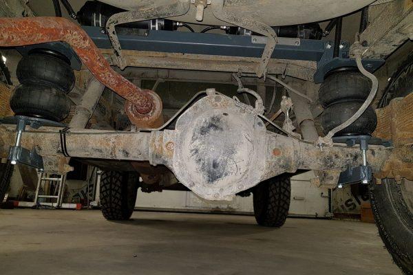 Установка пневмоподвески на УАЗ-452 Буханка