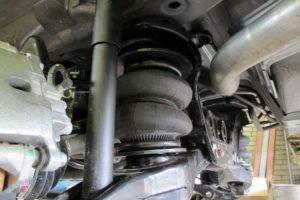 Пневмоподвеска задней оси на Mitsubishi Pajero