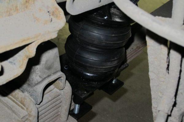 Пневмоподушки на переднюю ось Isuzu ELF