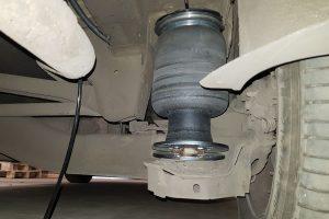 Установка задней пневмоподвески на Peugeot Expert II