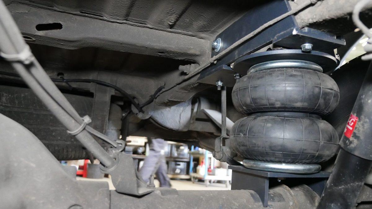 Installation von Airbags am FV Crafter 35 2010