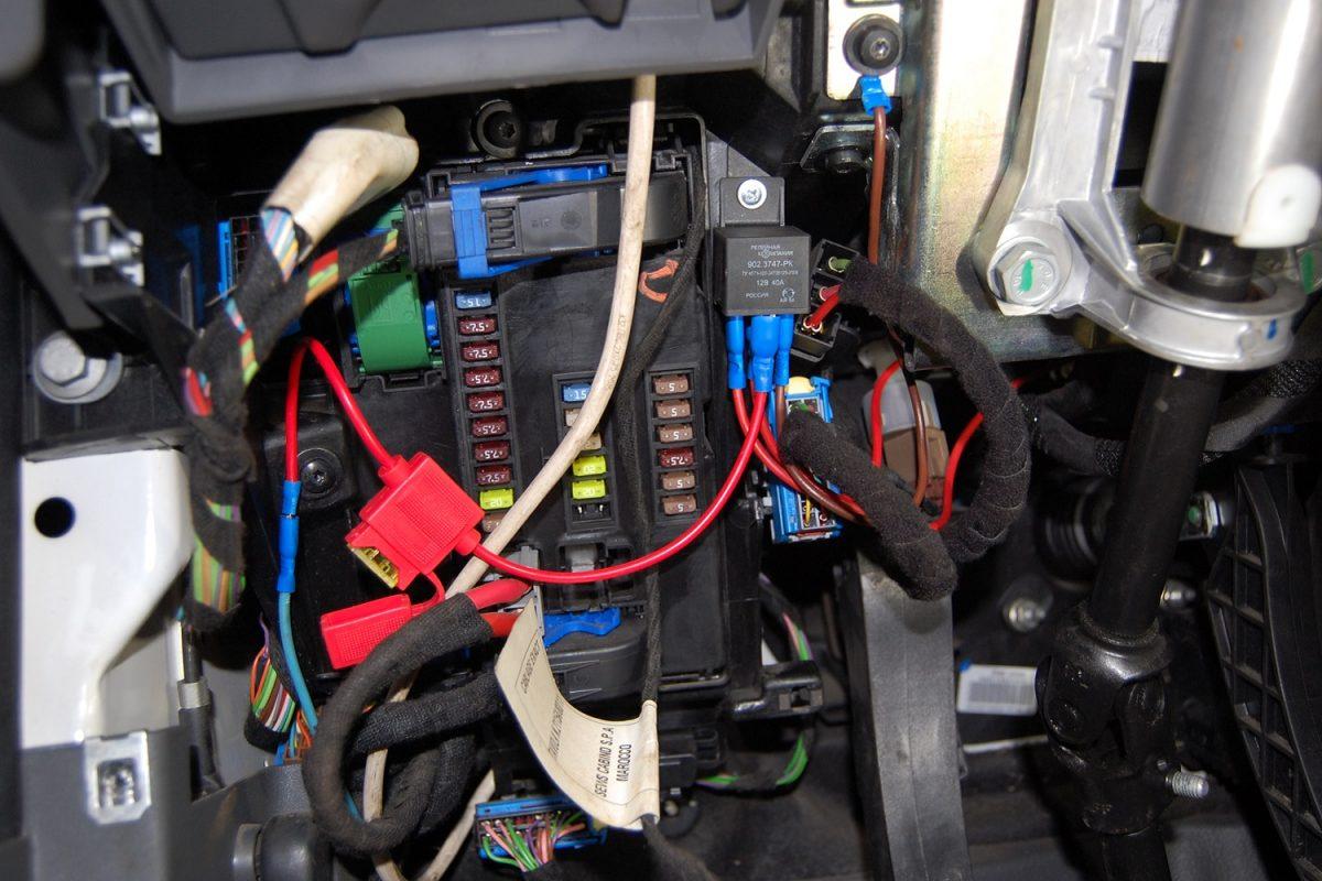 1TK Pro ✘ Подключение электрики к блоку предохранителей Iveco Daily 2006-2014